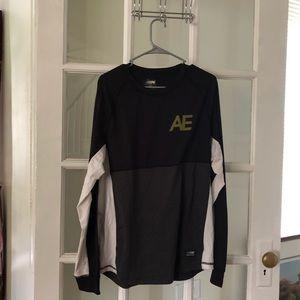 American Eagle long sleeve active shirt